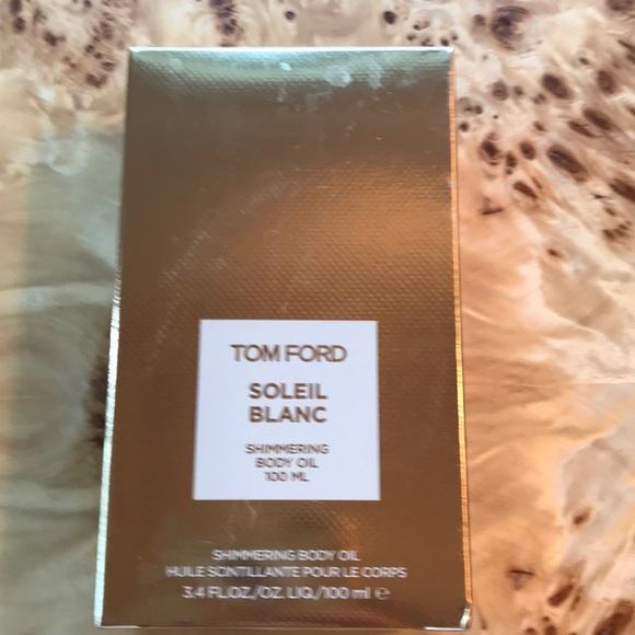 tom ford makeup   soleil blanc shimmering body oil nib   poshmark